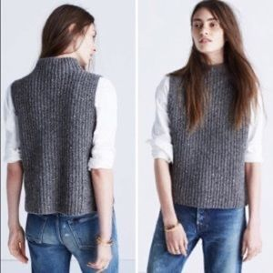 🍂 3/$20 Gray Knit Madewell Sweater Vest